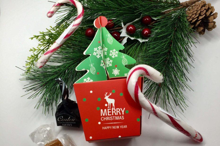 Boite Noel avec sucre d'orge, nougat et caramel