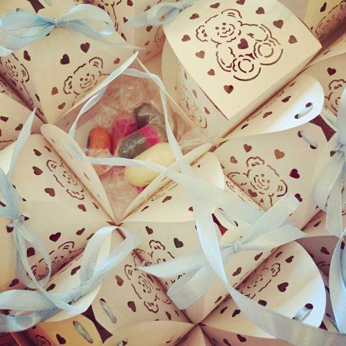 boites de naissance contenant des berlingots